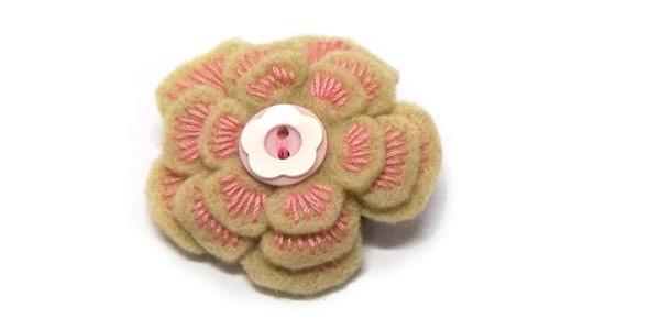 sewing, brooch, felt, jewellery,