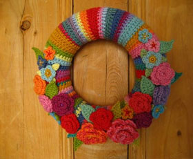 flower,yarn,wreath,rose