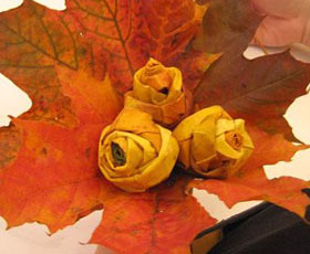 leaves, table decoration, roses, flowers,autumn,gift,